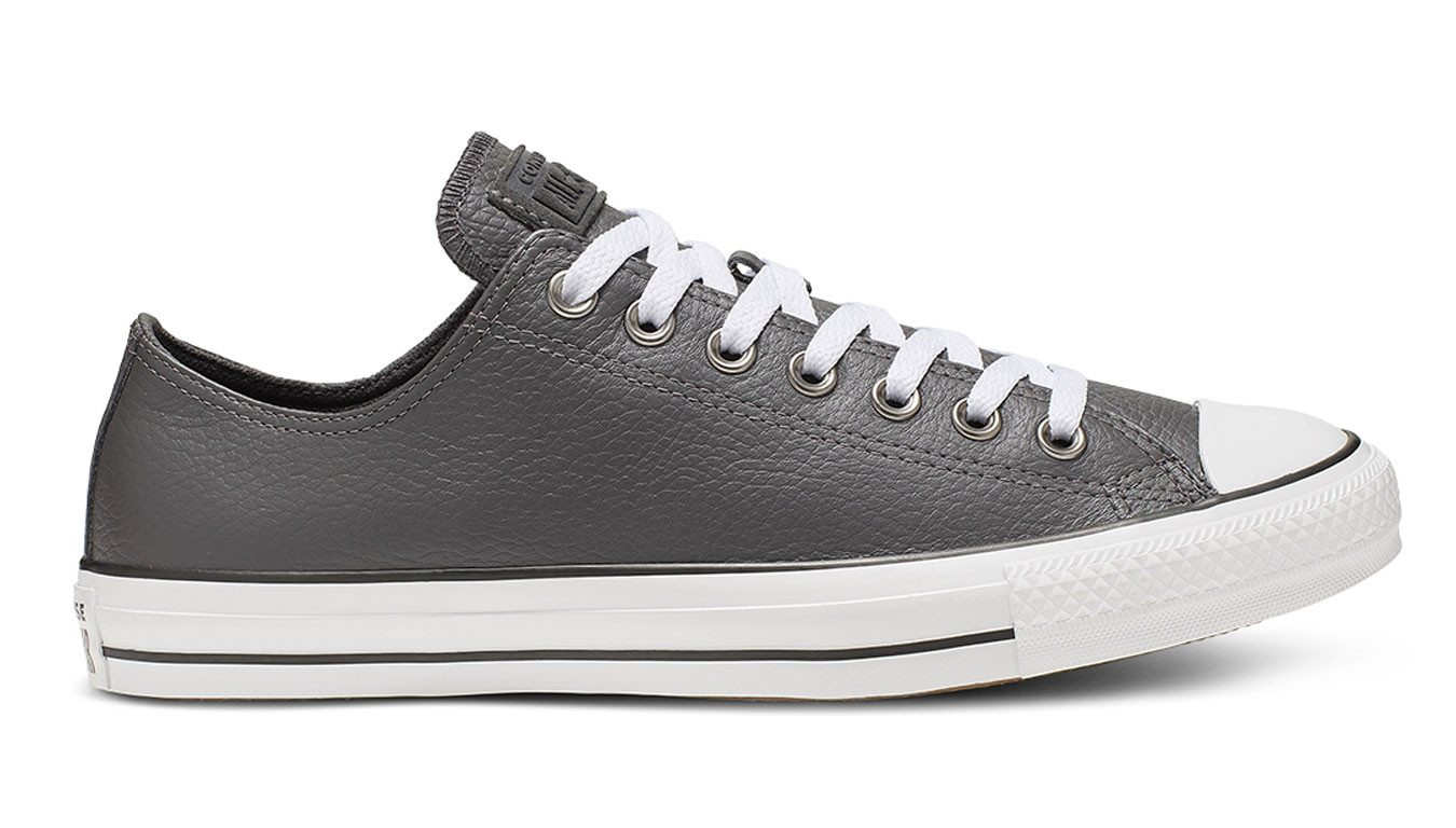 Converse Chuck Taylor All Star Leather Carbon Grey