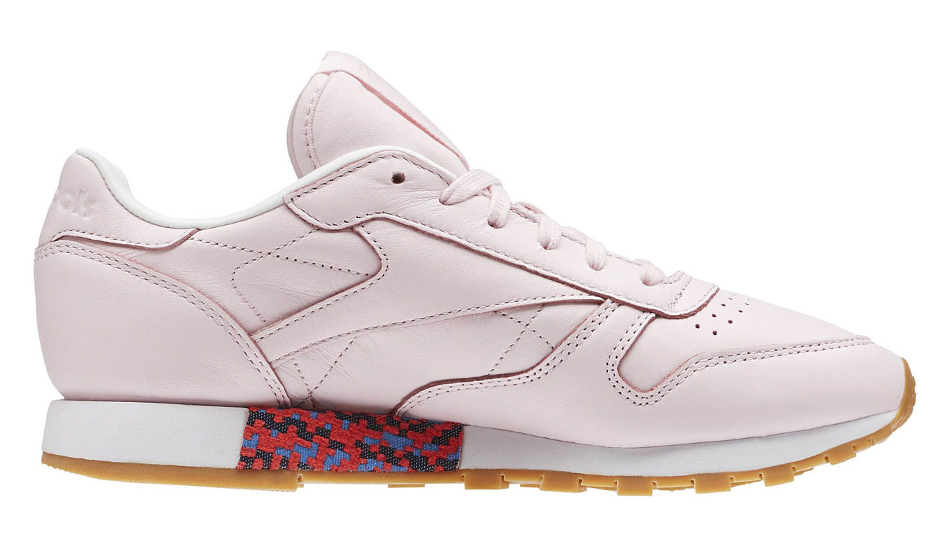 on sale b7be6 58bb8 Reebok Classic Leather Old meets New